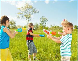 Spielzeug Wasserpistolen Klassiker transparent 20 cm Wasserspritzen Spritzpistolen Business & Industrie